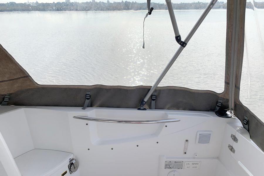 Jeanneau Merry Fisher 755 - windscreen wipers