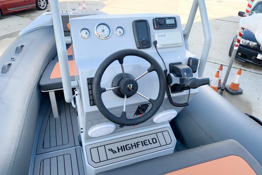Highfield H54 RIB helm 2