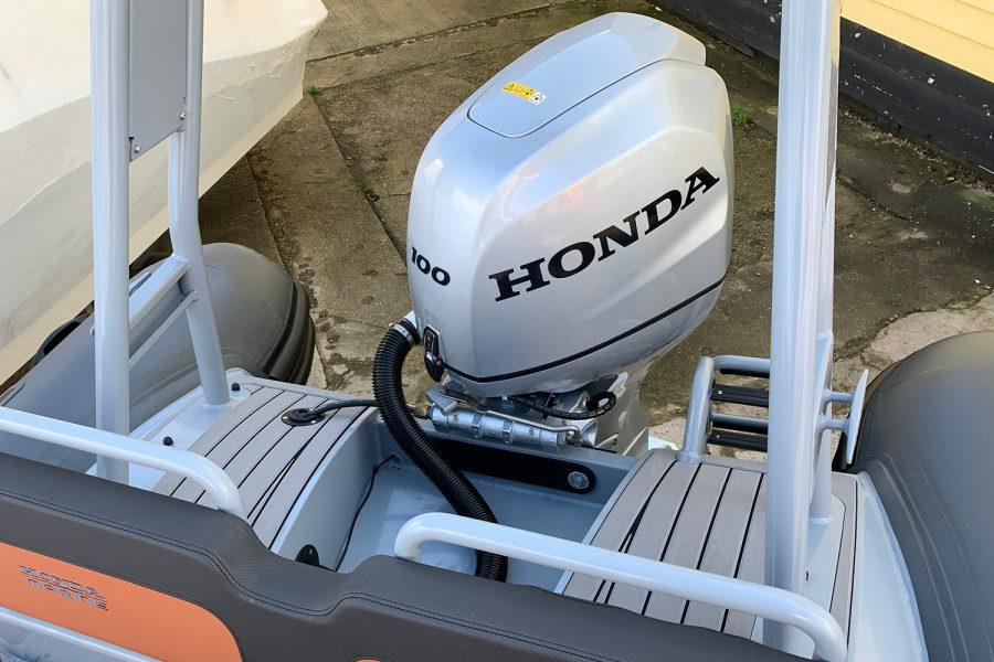 Highfield H54 RIB Honda outboard