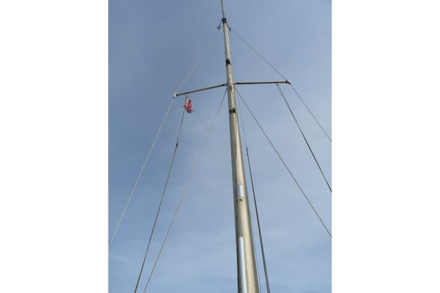 Southerly 28 lifting keel yacht - mast