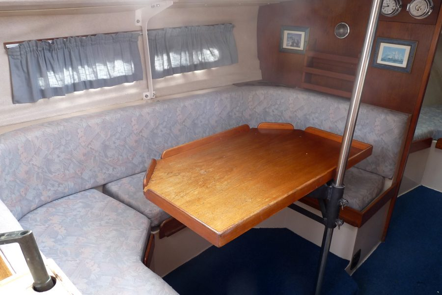 Southerly 28 lifting keel yacht - saloon table