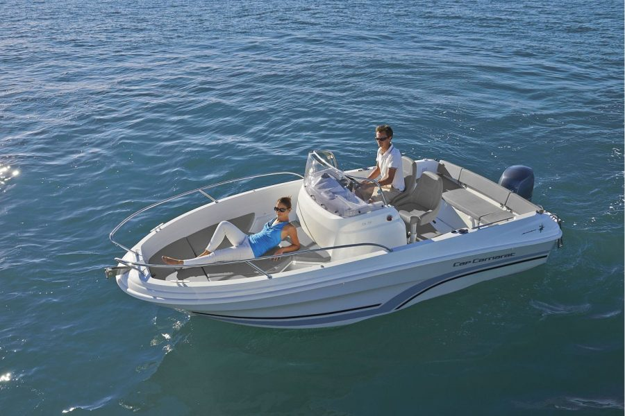 Jeanneau Cap Camarat 5.5 CC - with sun deck cushions