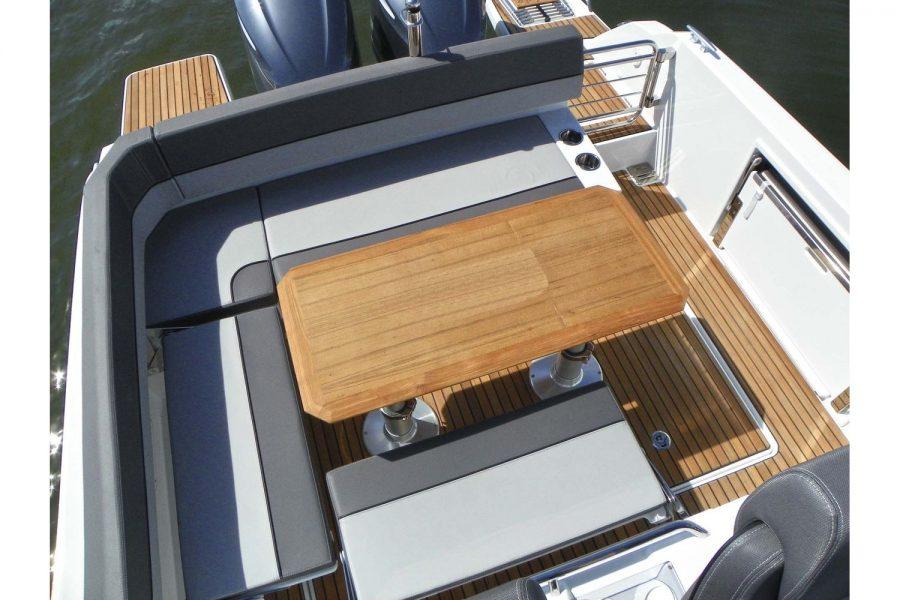 Jeanneau Cap Camarat 9.0 WA - cockpit table converts to sun lounger