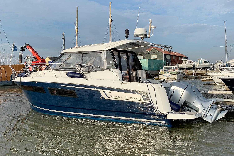 Jeanneau Merry Fisher 855 - port side