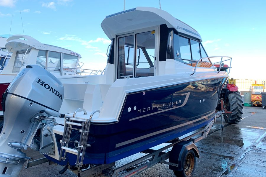 Used 2018 Jeanneau Merry Fisher 605 Legend - starboard and aft