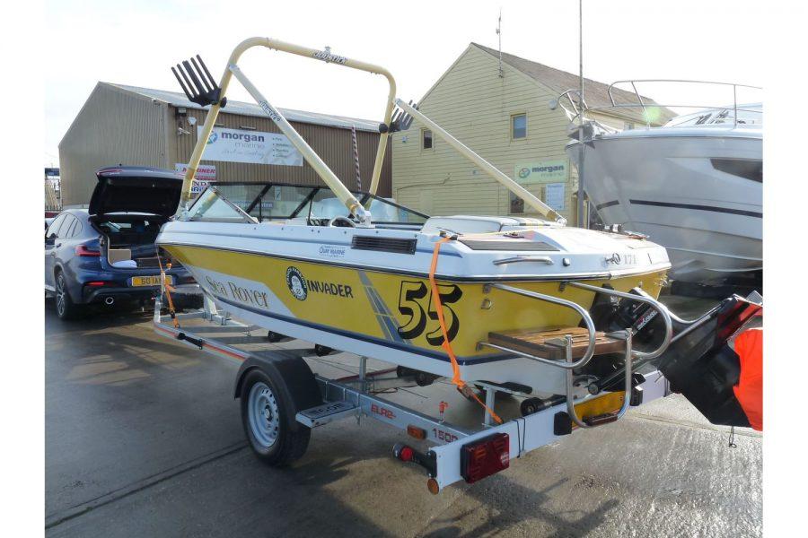 Invader 55 - Bow Rider Sportsboat - Joystick waketower