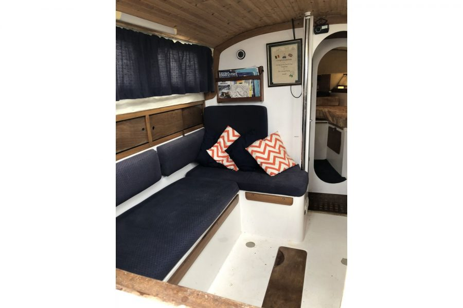 Westerly Pentland Ketch - port side L shaped seating