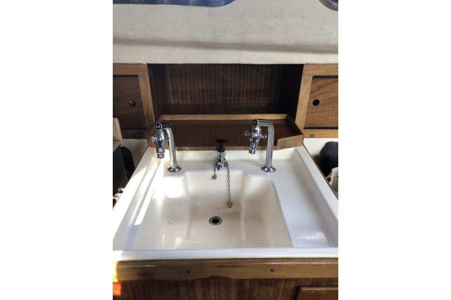 Westerly Pentland Ketch - galley sink