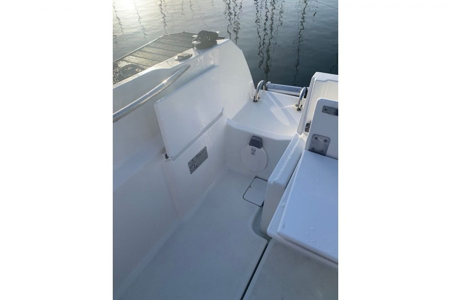 Used 2018 Jeanneau Merry Fisher 605 Legend - cockpit seating
