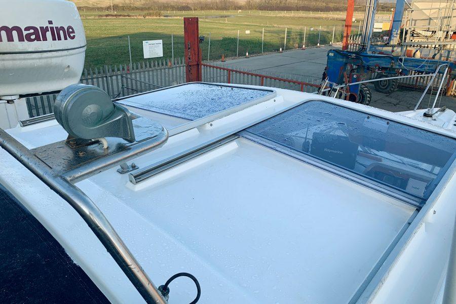 Nimbus 30c boat - wheelhouse roof