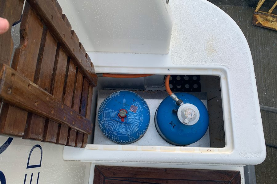 Nimbus 30c boat - gas locker
