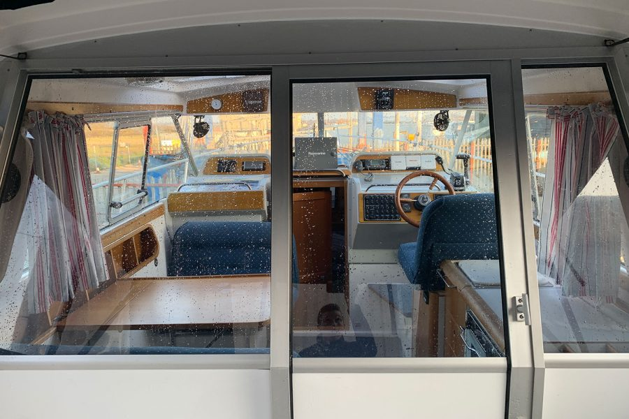 Nimbus 30c boat - wheelhouse doors