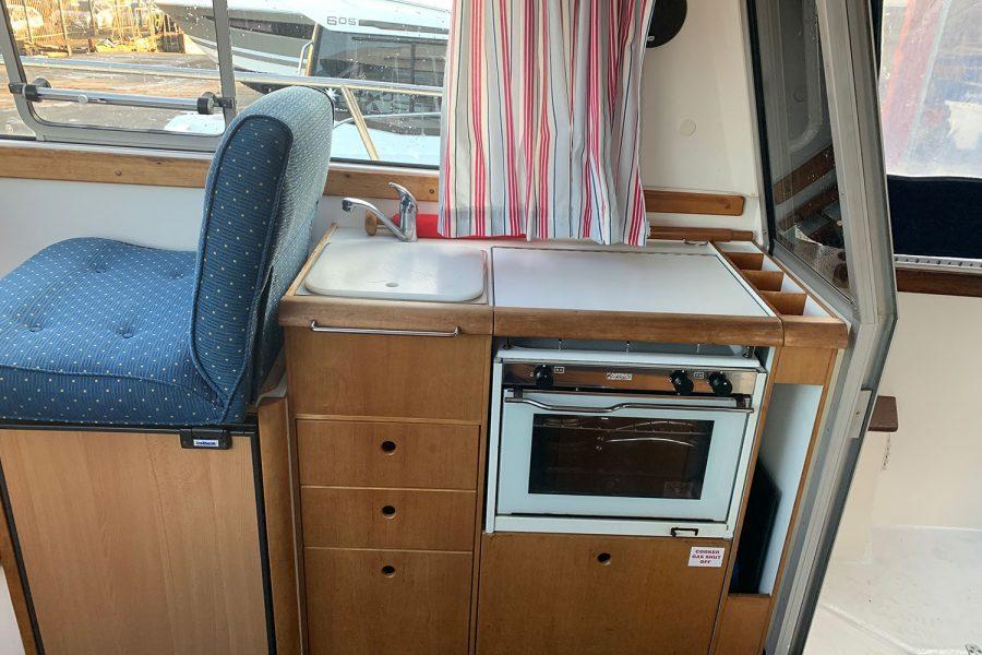 Nimbus 30c boat - wheelhouse galley