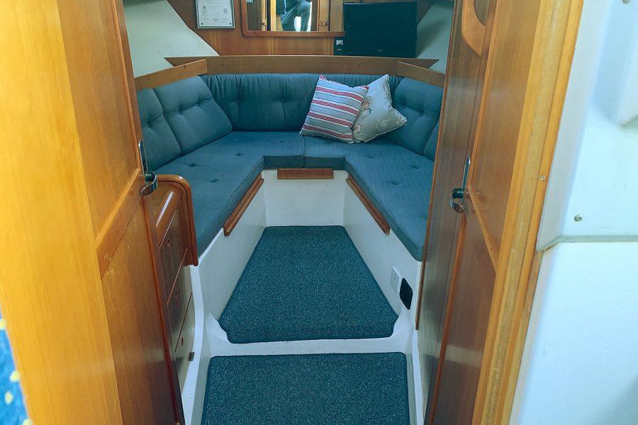 Nimbus 30c boat - cabin interior