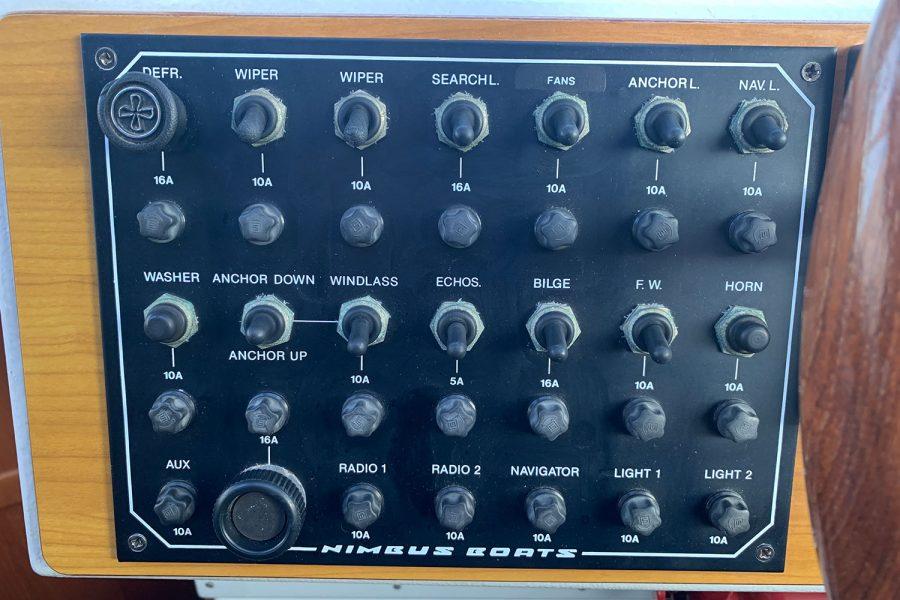 Nimbus 30c boat - switch panel