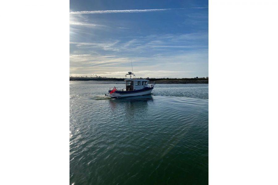 Hardy Fisherman 24 Extended Wheelhouse - boating fun