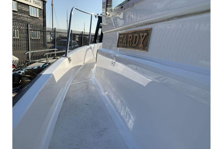 Hardy Fisherman 24 Extended Wheelhouse - Hardy decals