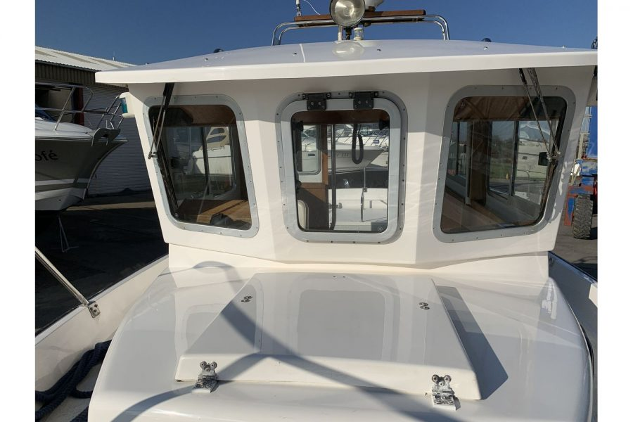 Hardy Fisherman 24 Extended Wheelhouse - bow to wheelhouse