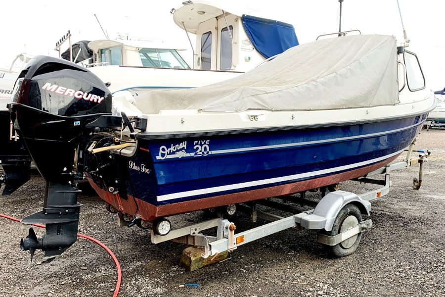 Orkney 520 fishing boat - transom with Mercury 30
