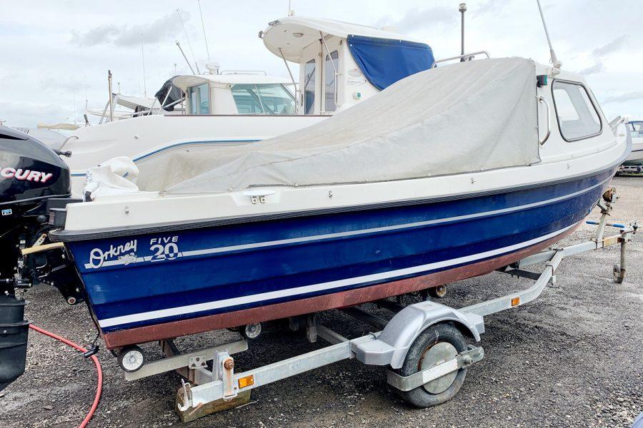 Orkney 520 fishing boat - starboard side aft