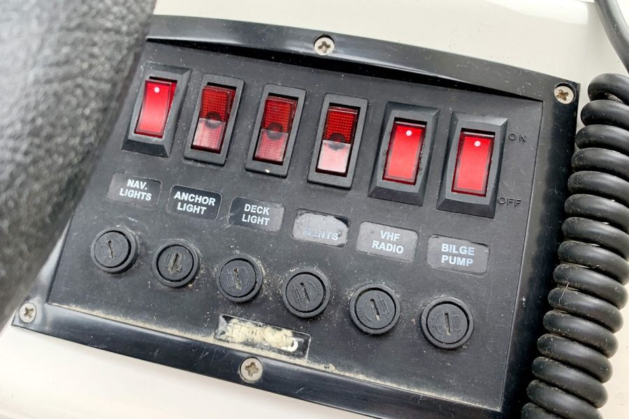Orkney 520 fishing boat - switch panel