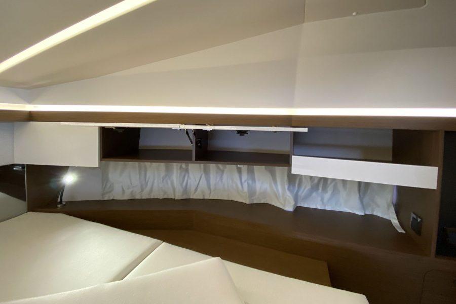 NC 33- overhead-cabin-storage