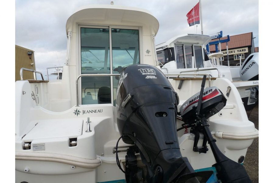 Jeanneau Merry Fisher 625 - with Suzuki 115hp outboard