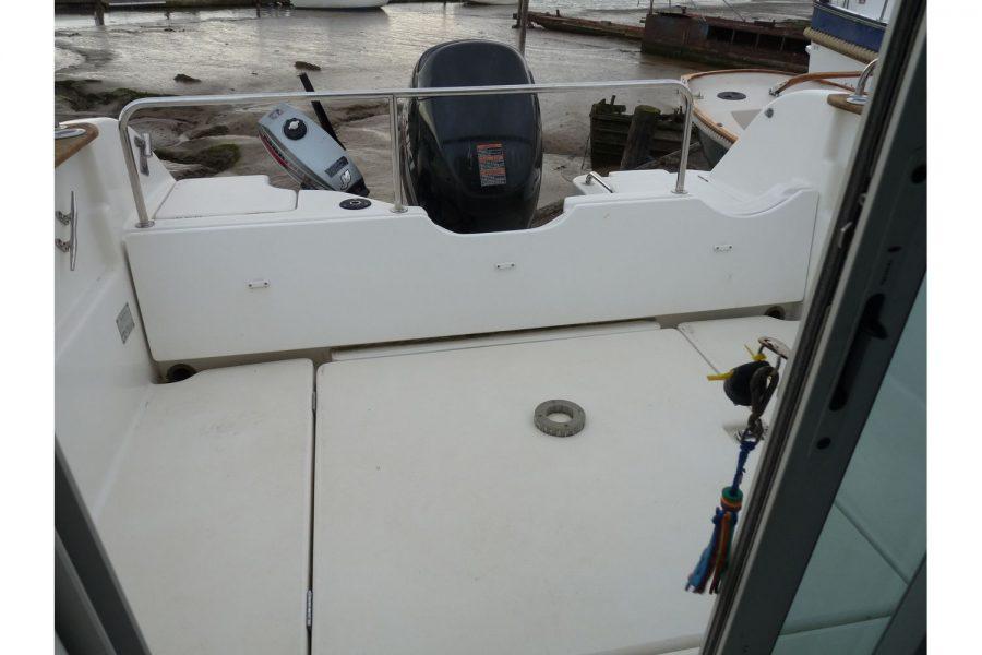 Jeanneau Merry Fisher 625 - large cockpit