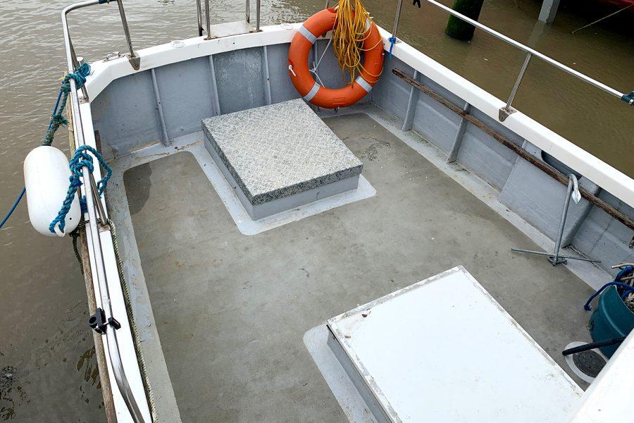 Starfish 8m - spacious cockpit