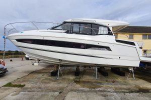 Jeanneau NC 37 – Highest Spec in the UK