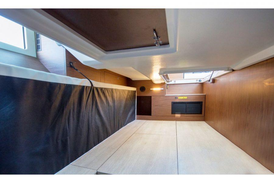Jeanneau NC 37 - cabin
