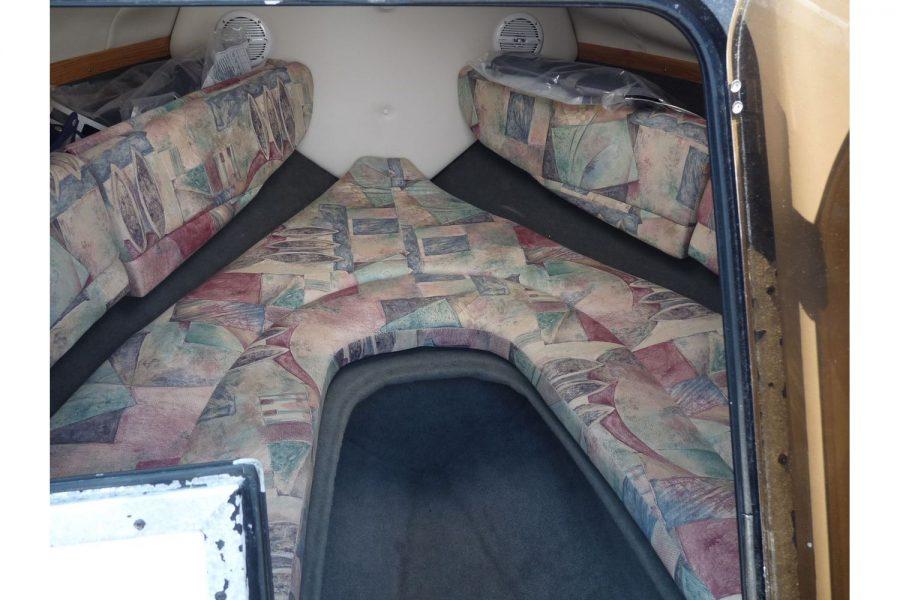 Four Winns Sundowner 205 - 2 berth cabin