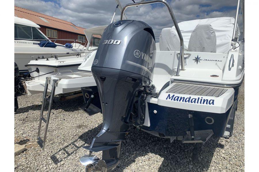 Jeanneau Cap Camarat 7.5 WA - Yamaha 300hp outboard