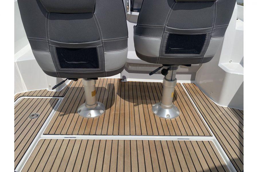 Jeanneau Cap Camarat 7.5 WA - teak cockpit floor