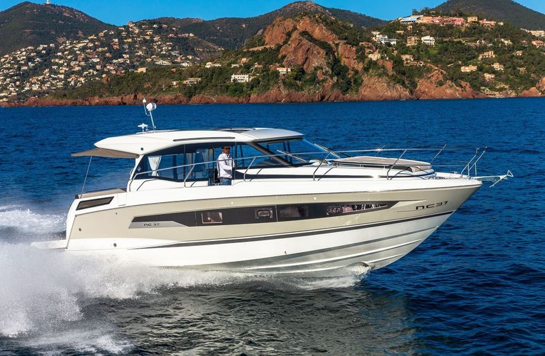 Jeanneau NC 37 - diesel cruiser - boats for sale