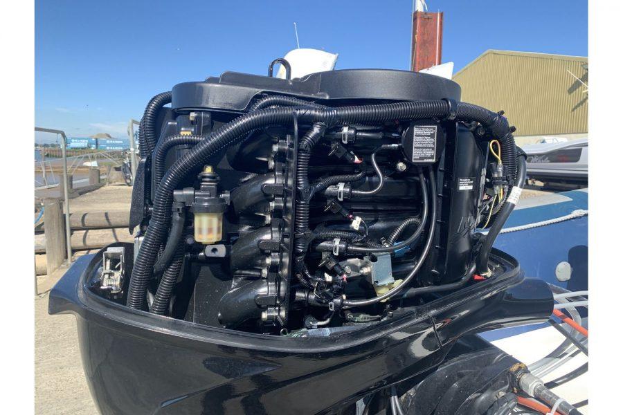 Vanguard DF 500 RIB - Mariner 60 outboard internals