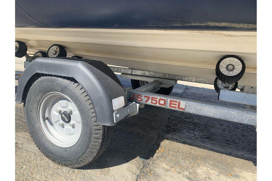 Vanguard DF 500 RIB - trailer