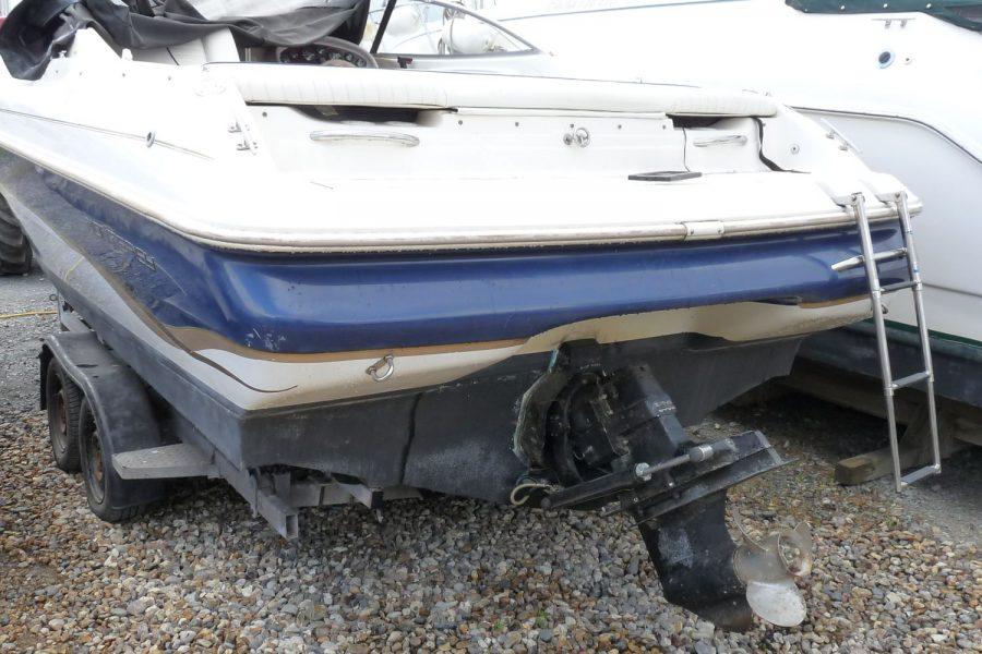 Monterey 235 Cuddy - transom