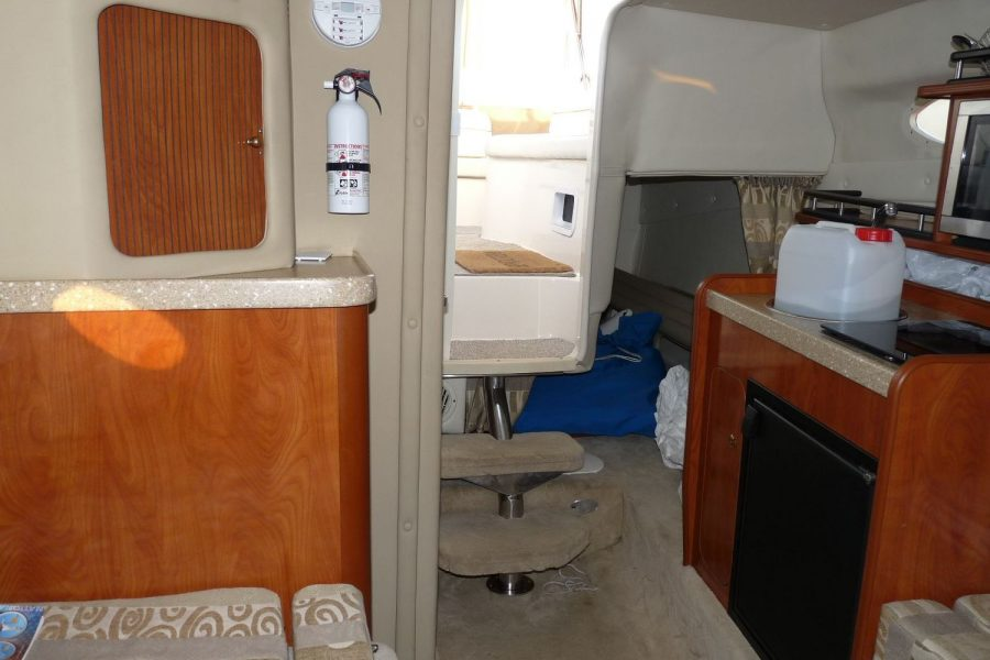 Rinker 250 - view from cabin