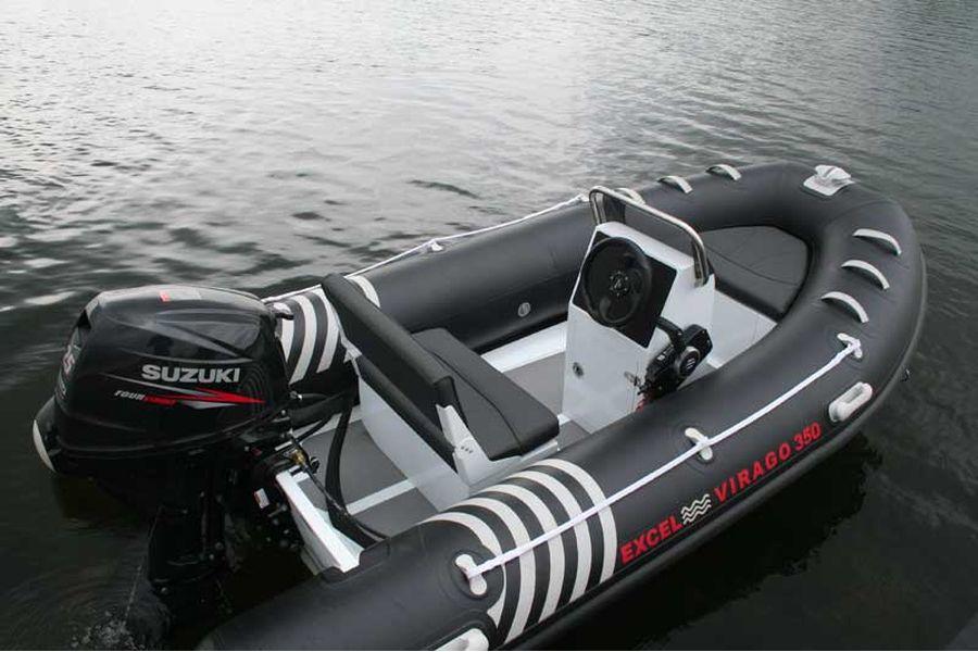 Excel Virago 350 RIB - helm position