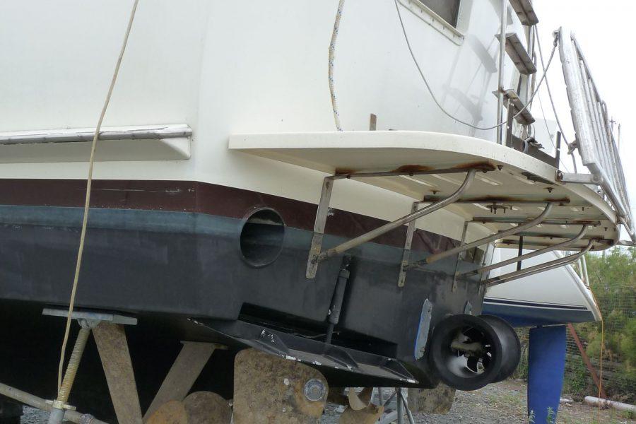 Hatteras 53 ED Motor Yacht - transom