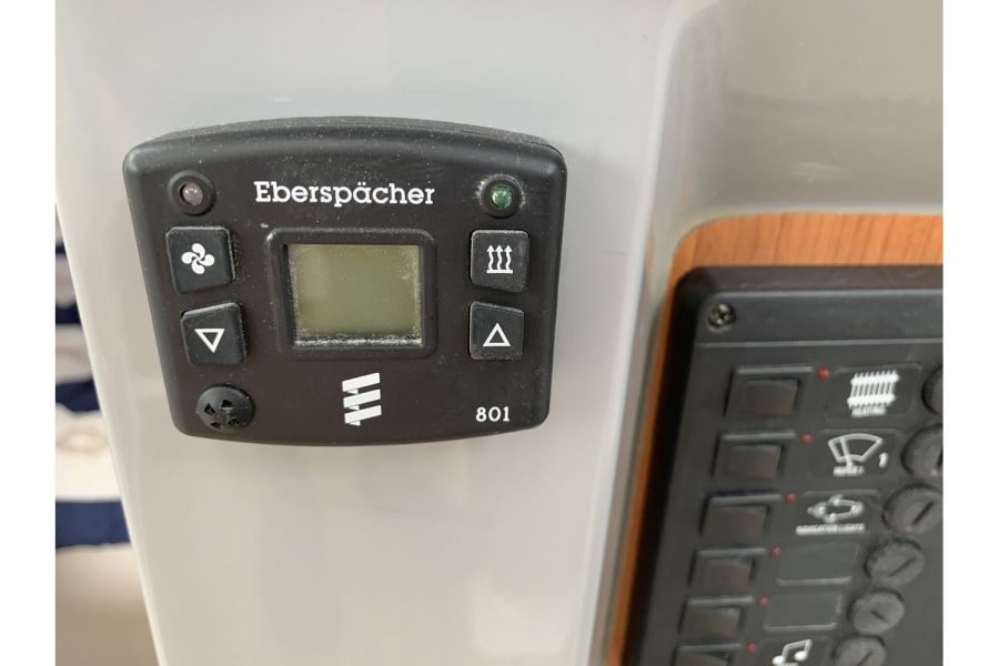 Jersey 30 motor cruiser - Eberspacher diesel heating