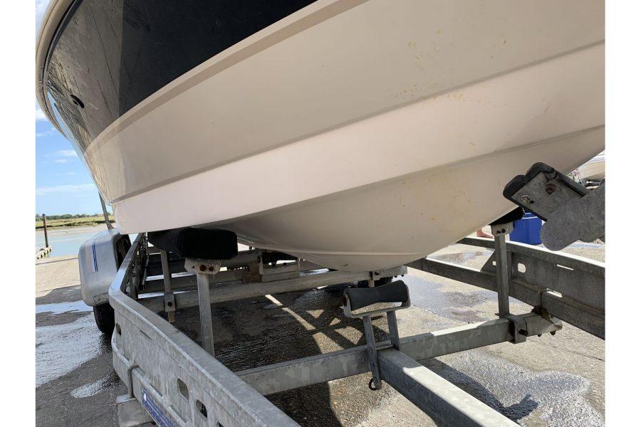 MasterCraft ProStar 190 - hull and trailer