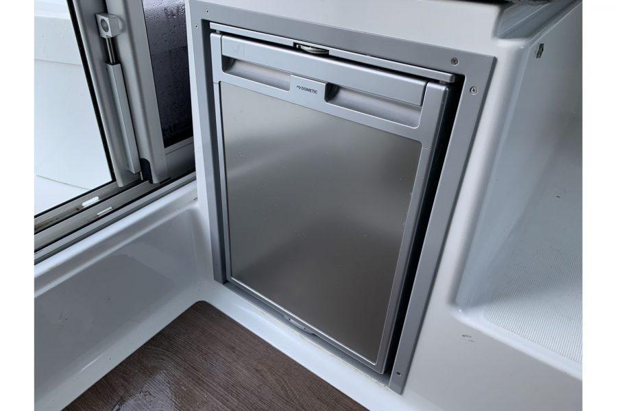 Jeanneau Merry Fisher 695 - galley fridge