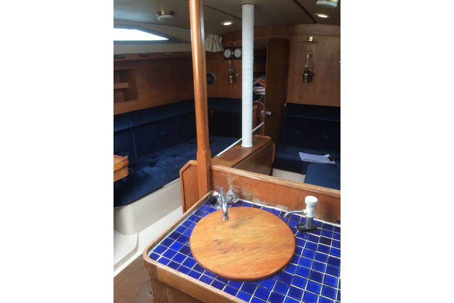 Moody 34 shallow fin keel yacht - galley