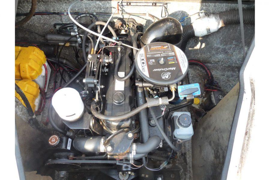 Fletcher Sportscruiser 19 GTS sport boat - MerCruiser inboard engine