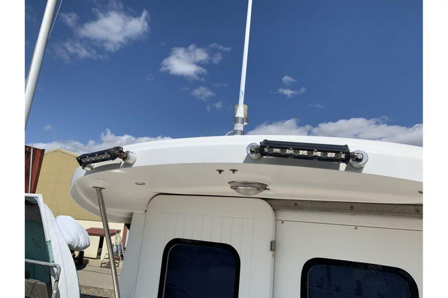 Quicksilver 640 fisherman - pilothouse roof