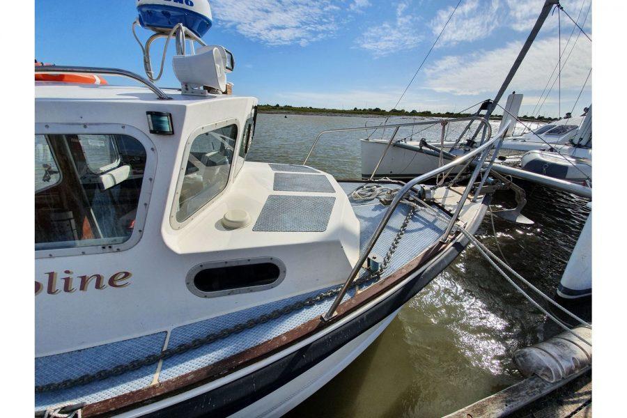Starfish 8m fishing boat - bow