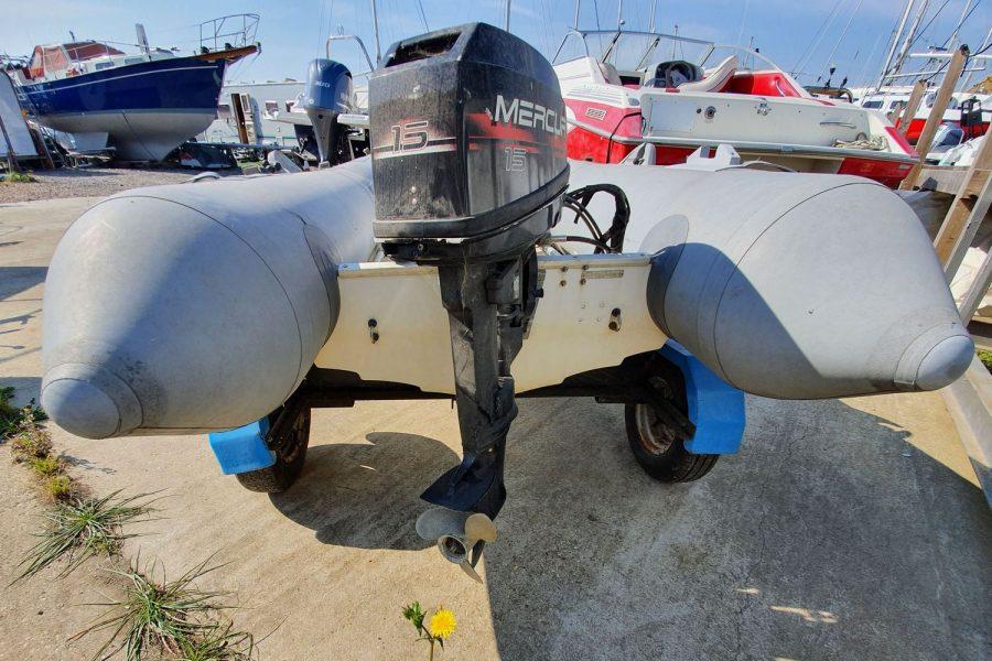 Avon 3.11M RIB - Mercury 15hp outboard