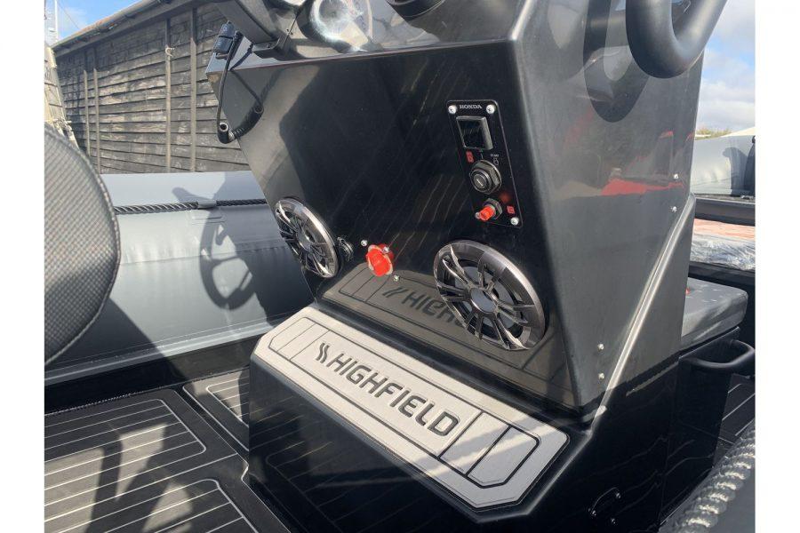 Highfield HX6 Aluminium RIB - console